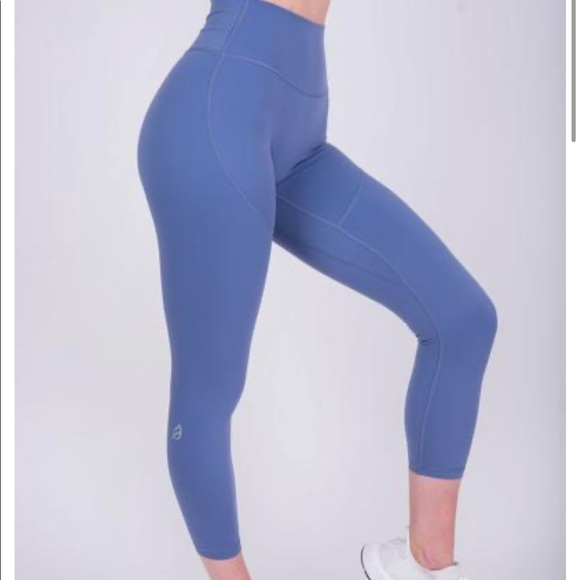 P Tula Pants Jumpsuits Ptula Shelby Leggingscashmere Blue Never Worn Poshmark Having trouble choosing which accessory to use to enhance your workout? poshmark